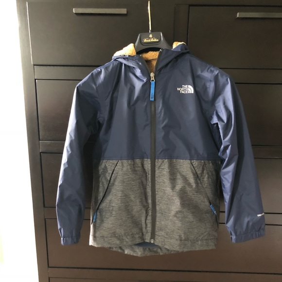 620a66e76 Boys Warm Storm Jacket - size medium (10/12)